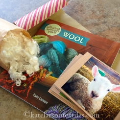 This year's Book Gift Set includes sheepy greeting cards as well as 2oz of wool from my flock.